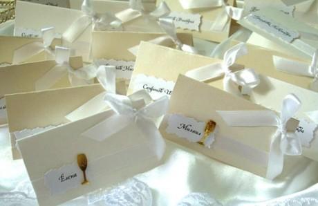 Именные карточки для свадебного приема гостей