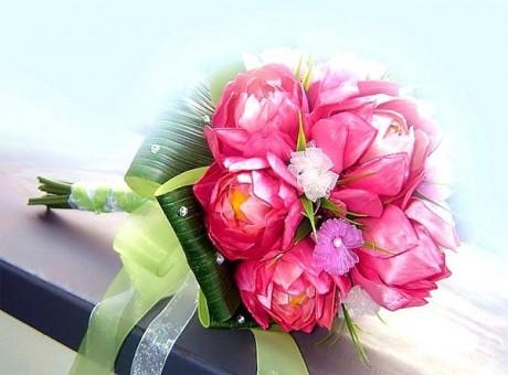 Свадебный букет из лотоса
