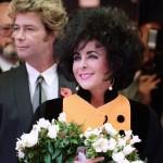 Элизабет Тейлор вышла замуж за строителя Ларри Фортенски младшего за нее на 20 лет, в октябре 1991 года
