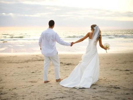 Как сэкономить в медовый месяц?