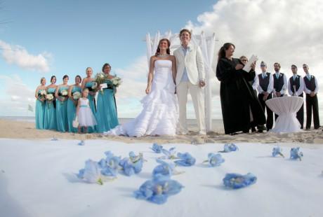Свадебная прическа на пляже