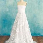 Что тебе нужно для свадебного наряда: узкое платье, или А-образный силуэт.