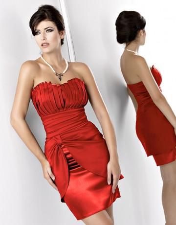 Вечернее платье для высоких и тонких