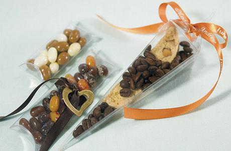 Бонбоньерки со сладостями