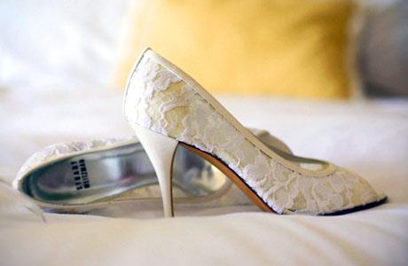 Чем-то новым у невест часто становятся туфли