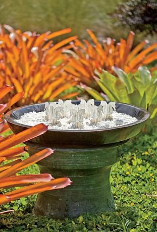 Декоративные вазы с ракушками