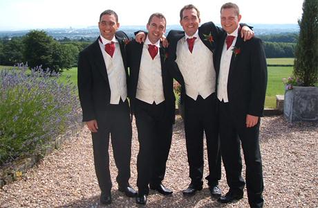 Друзья жениха на свадьбе