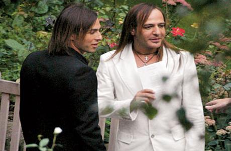 Джон Гальяно на свадьбе Гвен