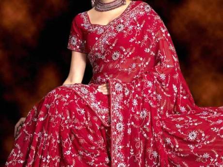 Красное сари невесты