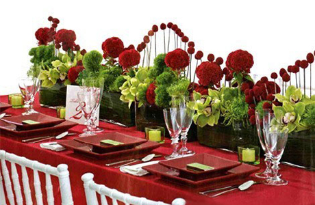 Красный в свадебном декоре