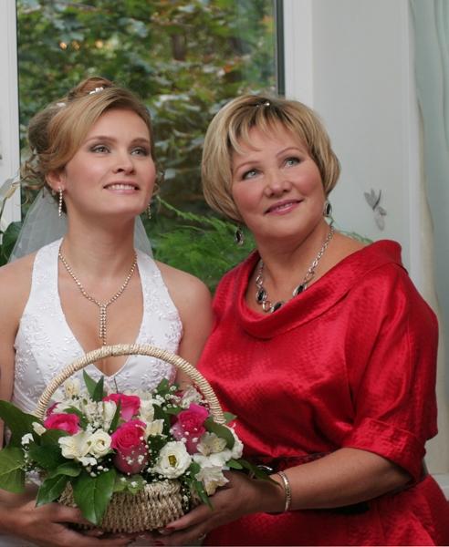 Что должна говорить на свадьбе мама невесты