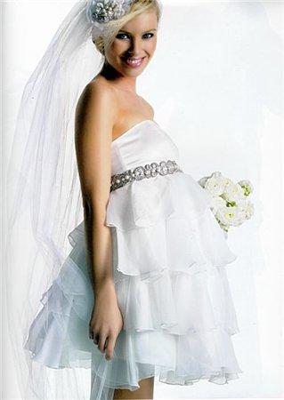 Платье беременной невесты