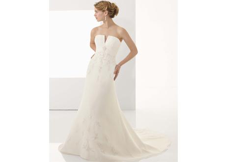 Платье без бретелек для невесты