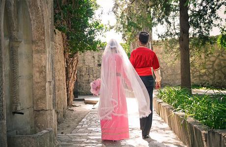 Жених и невеста уединяются