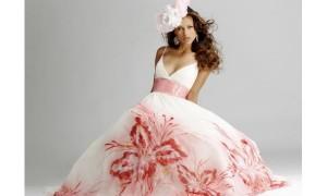 Выбери необычное свадебное платье
