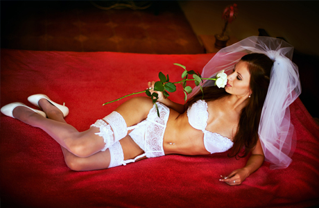 Чулки и белье невесты