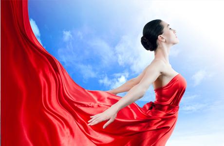 Красные цвет вечернего платья