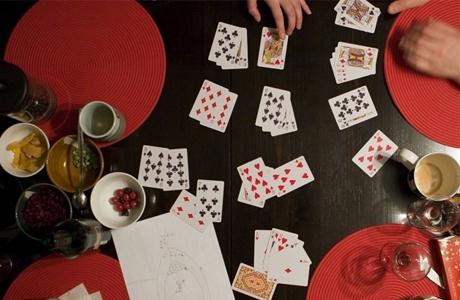 На домашних посиделках можно поиграть в преферанс