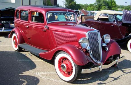 Ford Fordor Sedan 1933 года