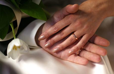 Свадебный альбом: фото руки и кольца