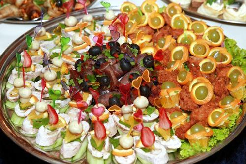 Сколько горячих блюд должно быть на свадьбе
