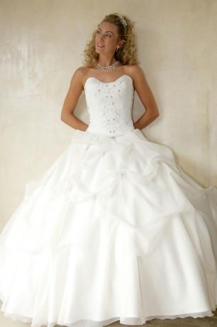 Изящный корсет для невесты