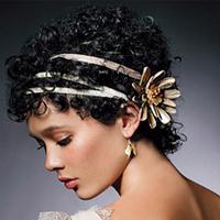 Кудрявые волосы невесты