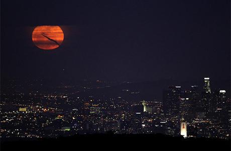 Луна Лос-Анджелеса