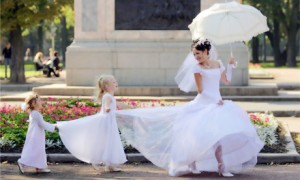 Одежда для дочки на мамину свадьбу
