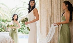 Платье из легкой ткани