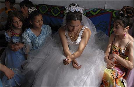 Ранние браки у цыган