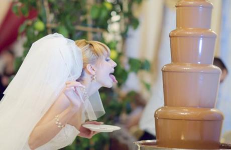 Шоколадный фонтан на твоей свадьбе