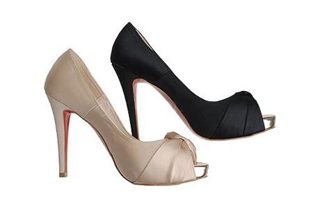 Бежевые или черные туфли