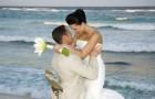 Свадьба на пляже: прическа невесты