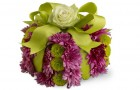 Укрась коробку живыми цветами
