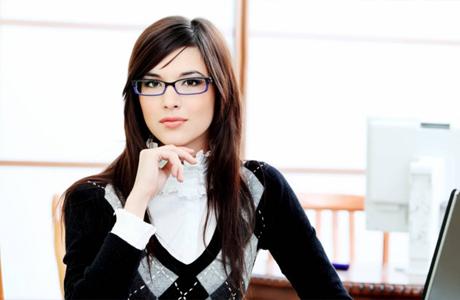 Женщины считают сексуально одетых руководительниц некомпетентными