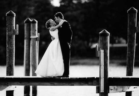 Черно-белое свадебное фото