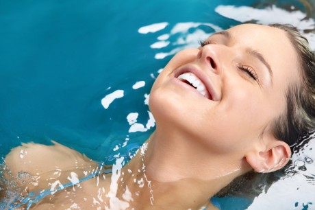 Купи абонемент в бассейн