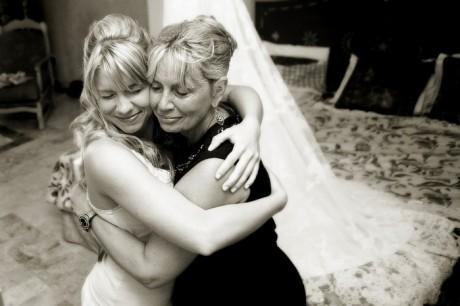 Мама - помощник на свадьбе