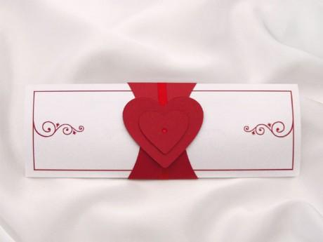 Свадебные пригласительные в красном