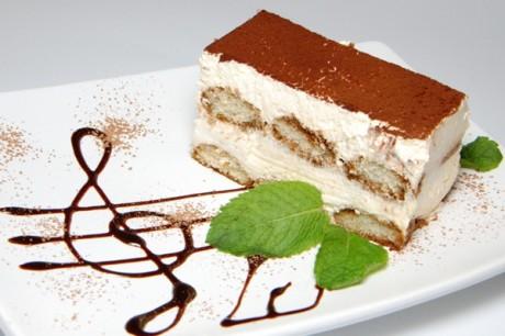 Свадебный торт тирамису