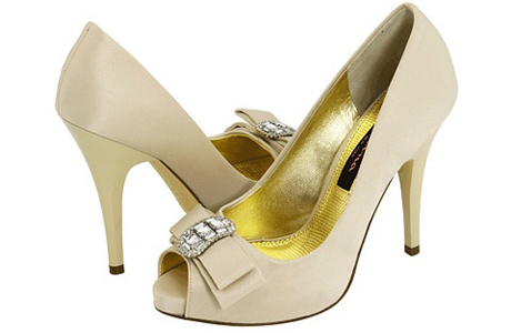 Свадебная обувь в золотистых тонах