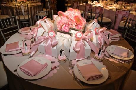 Украшение стола на свадьбе