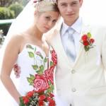 Наряды жениха и невесты должны быть в едином украинском стиле