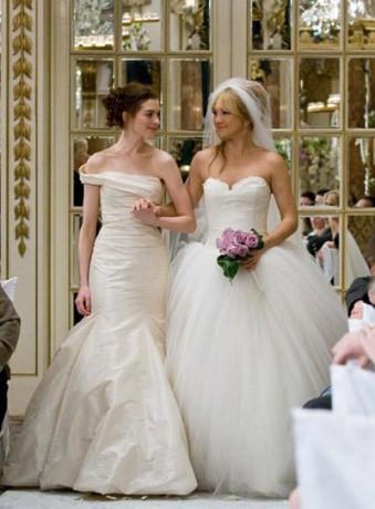 """Свадебные платья из фильма """"Война невест"""""""