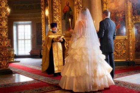 Венчание на Рождество - молодожены