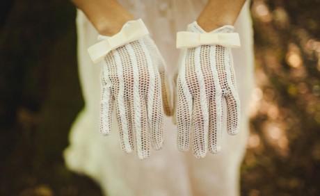 Винтажные кружевные перчатки для свадьбы
