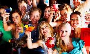 Выпьем за друзей молодоженов!