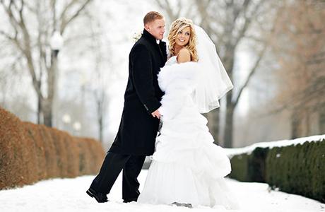 Жених в пальто