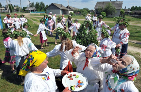 Гулянье на белорусской свадьбе